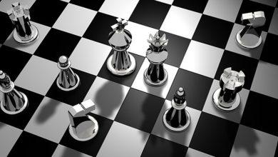 """صورة مفارقة.. الذكاء الاصطناعي لا يعرف الفرق بين """"الشطرنج"""" و""""العنصرية"""""""