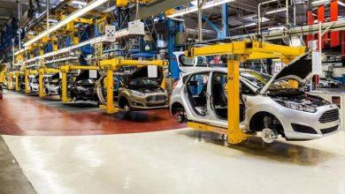 صورة الروبوتات تغير طريقة صناعة سيارات فورد.. وتخيف إيلون ماسك