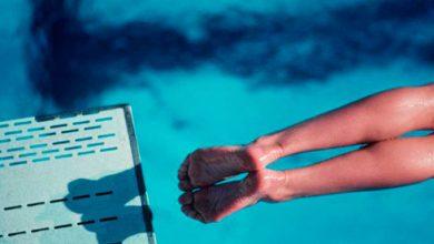 صورة بالفيديو.. ابتكار ملابس للسباحة مزودة بالذكاء الاصطناعي